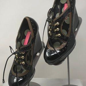 Betsey Johnson, Tadum Black/Brown Heels, Size 9